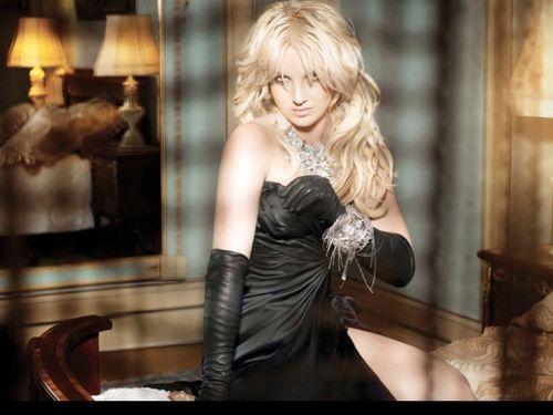 britney spears femme fatale album leaks. Britney-Spears-Femme-Fatale4
