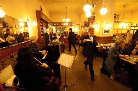 Cafe-Braeunerhof